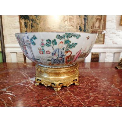 Grande Jatte  En Porcelaine Epoque Kien Long,XVIII eme ,Chine