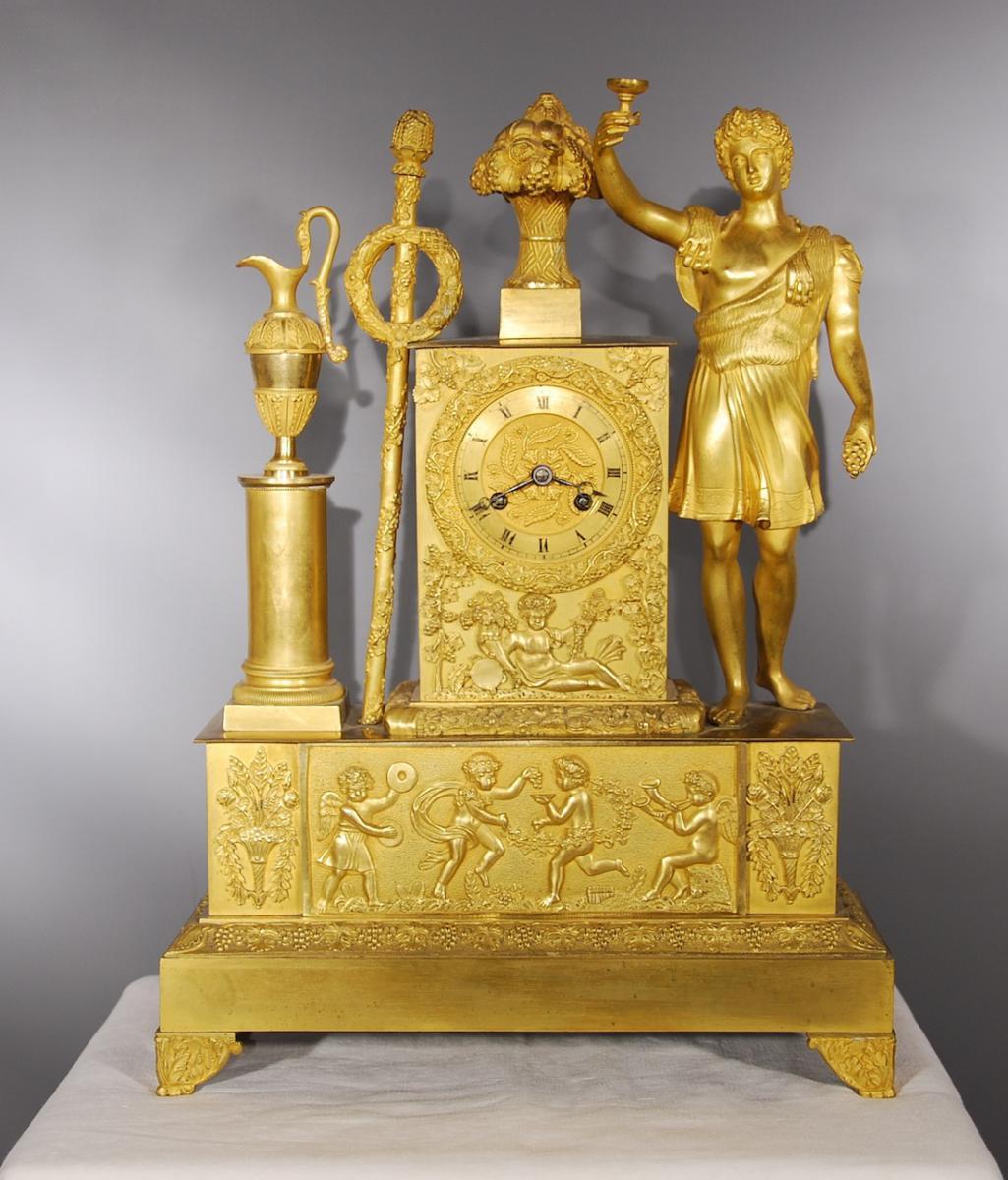 Pendule En Bronze Doré Représentant Bacchus époque Restauration