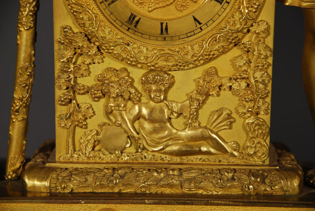 Pendule En Bronze Doré Représentant Bacchus époque Restauration-photo-3