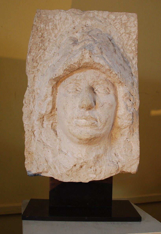 Sculpture En Pierre De Taille