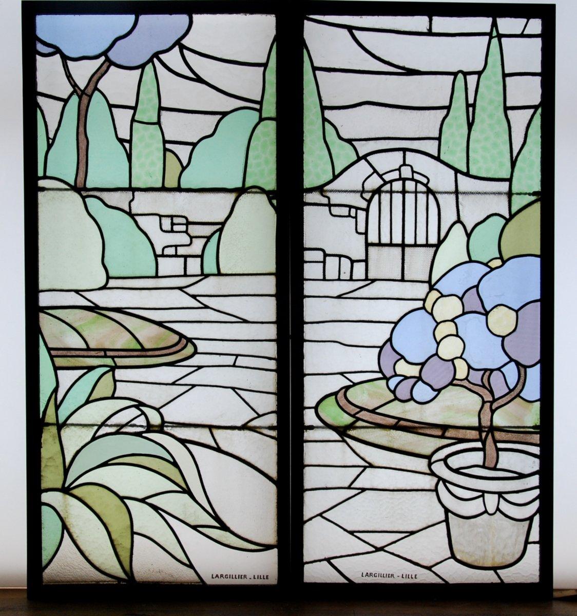 Stained Glass Art Deco Largillier V120