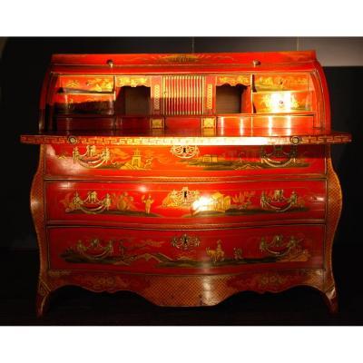Commode-bureau En Laque Rouge époque Louis XV