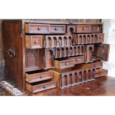 Cabinet Dit Bargueno En Noyer Epoque 17Ème