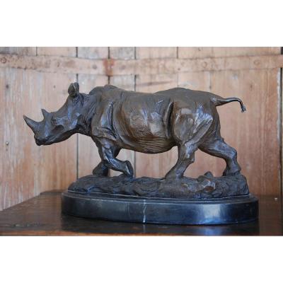 Rhinocéros En Bronze