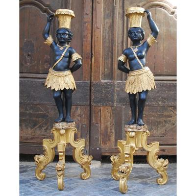 Paire De  Nubiens En Bois Doré