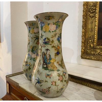 Deux Vases en verre soufflé