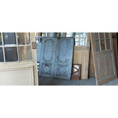 Small Old Decorative 18th Century Oak Closet Doors Woodwork Door