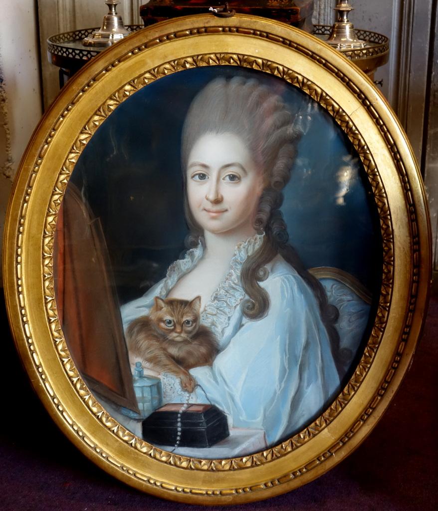 Pastel d'Une Jeune Femme Et Son Chat Epoque Louis XVI