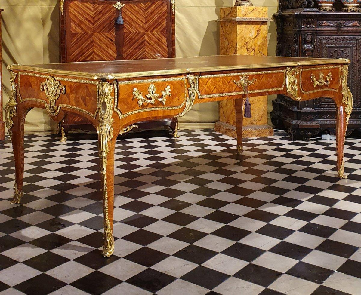 Important Bureau Plat Louis XV Period