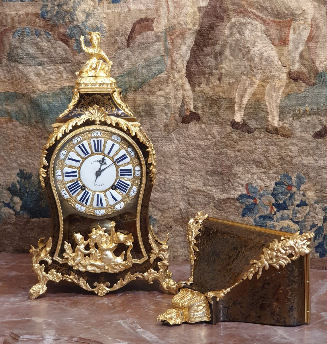 Cartel Et Son Socle Epoque  Louis XV