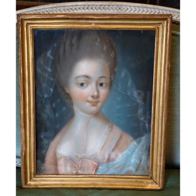 Pastel De Jeune Fille Epoque XVIIIème Siècle
