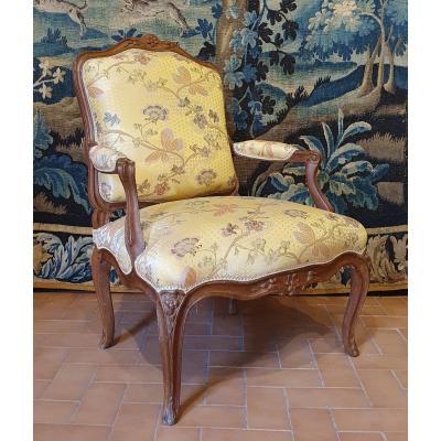 Fauteuil à Dossier Plat Epoque Louis XV