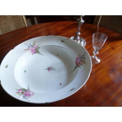 Très Grand Plat Porcelaine XVIII E
