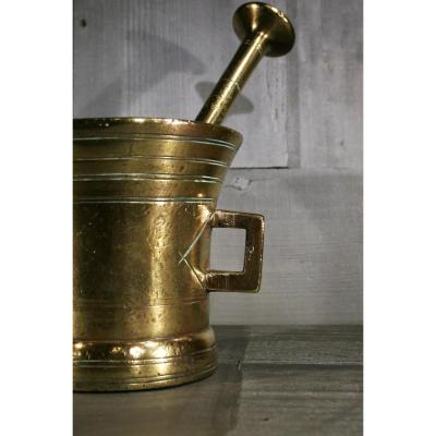 Mortier En Bronze