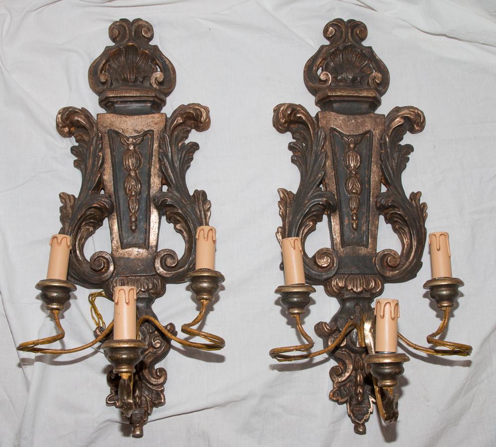 Paire d'Appliques En Bois Style Louis XV  Italie Milieu XXème Siècle