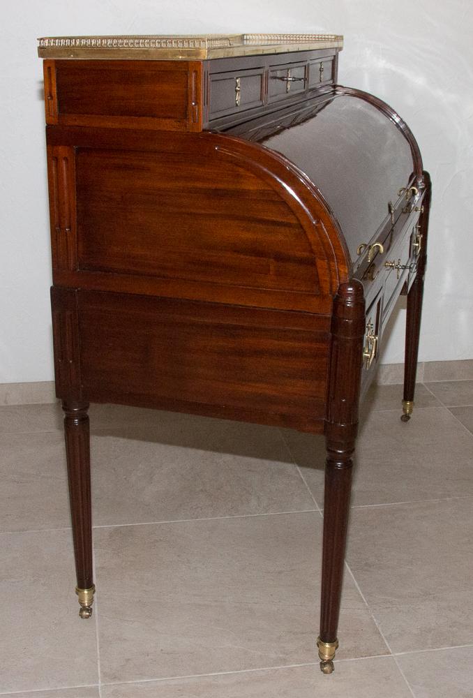 Bureau Cylindre En Acajou époque Louis XVI Estampillé Bl