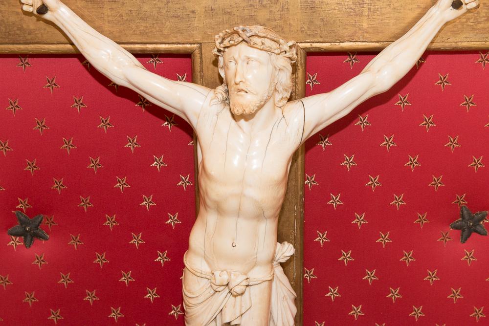Grand Christ En Ivoire  époque Régence Début XVIIIe Siècle-photo-1