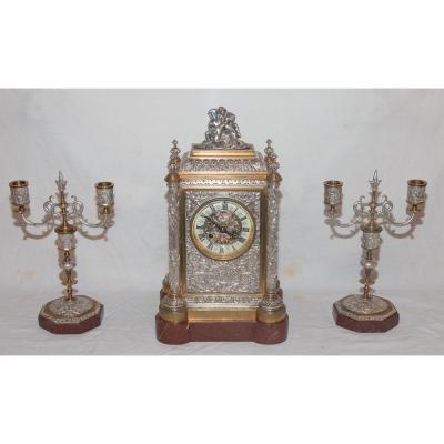 """Garniture De Cheminée Bronze Argenté et Doré Signé """"A Daubrée"""" Circa 1840"""