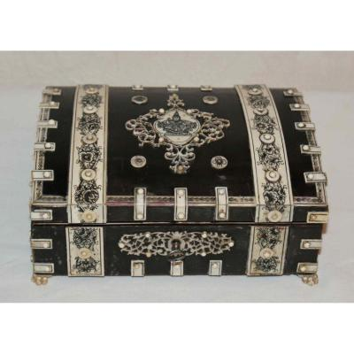 In Box Horn And Ivory Vizagatapam Late 19th Century