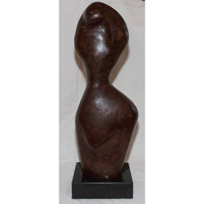 """Modesty"" Bronze sculpture with nuanced brown patina Singe ALVAREZ and numbered 7/8 Rests on a black marble base dim: 16 cm / 20 cm H: 6 cm Beautiful patina, in very good condition Xavier Alvarez was born in Paris in 1949 He began to sculpt steel for several years. Following this severe discipline that is metalwork, he is passionate about another material: BRONZE and bsp ""The female body, the male-female duality and the questioning of identity are my essential themes . In my evolution as a Sculptor, I have never ceased to shape, to purify in order to achieve curves that are simplified down to the essential. Sculpture is an adventure, a movement of life that takes me with force. I commit without knowing the outcome. The installation of my art foundry workshop in Touraine allows me to follow my work from the creation to the mastery of bronze: Wandering, drawings, castings, cast, chiselling, Patina. »Xavier ALVAREZ"
