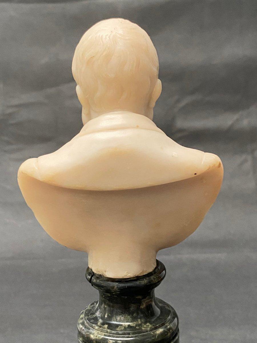 Buste fin 19eme en albâtre d'un homme portant moustache et barbe impressionnantes-photo-2