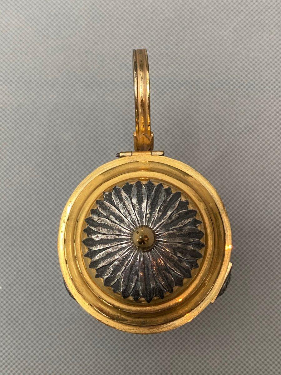 Salière et moutardier Belge du XVIIIe siècle en bronze doré et argenté-photo-4