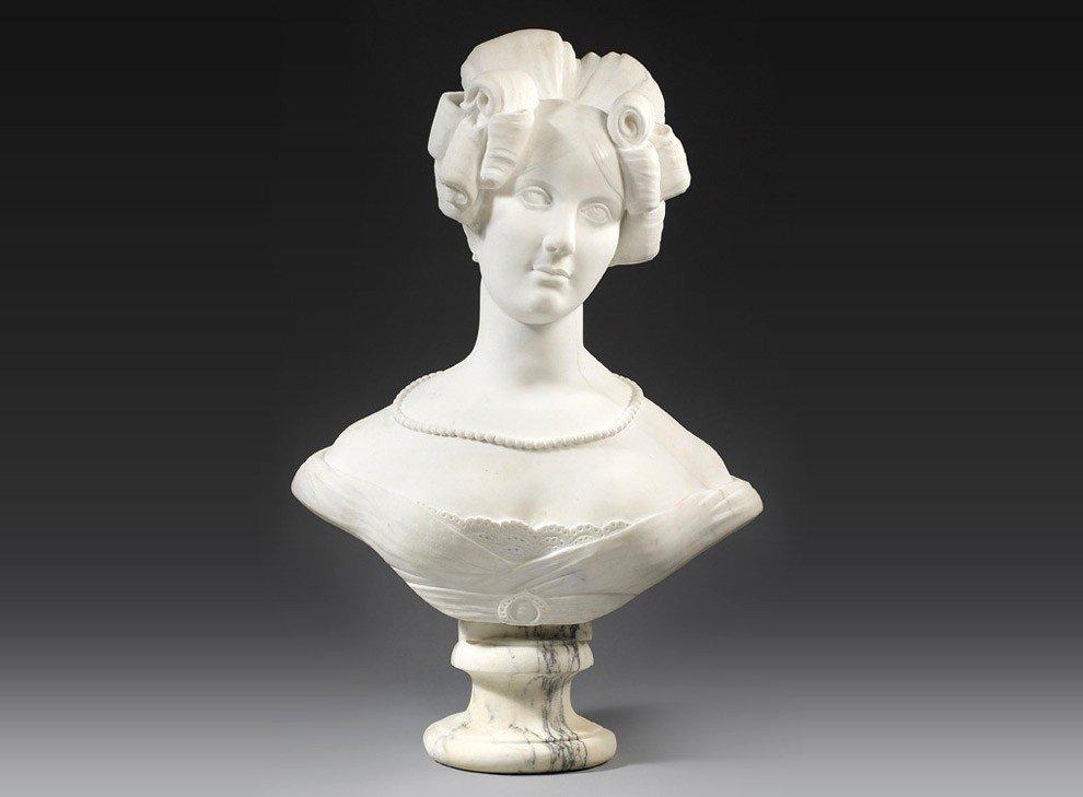 Buste En Marbre Blanc De Carrare De La Reine Amalie Auguste De Saxe,  Allemagne, Circa. 1820