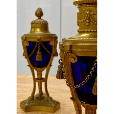 Pair Of 19th Century Cassolettes In Cut Blue Glass And Gilded Bronze That Can Form Candlesticks
