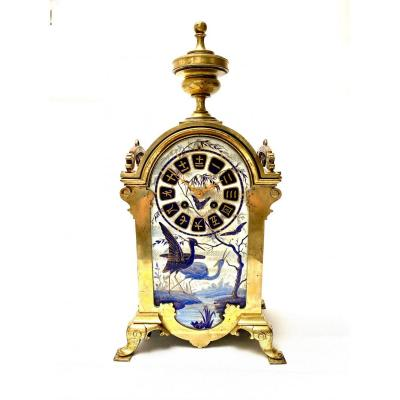 """French 19th Century """"japonisme"""" Clock In Bronze And Porcelain, Circa 1880"""