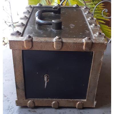 Coffre-fort Portable XIX Siècle