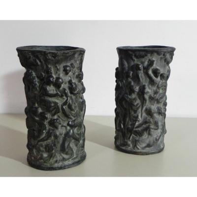 Paire De Vases à l'Antique