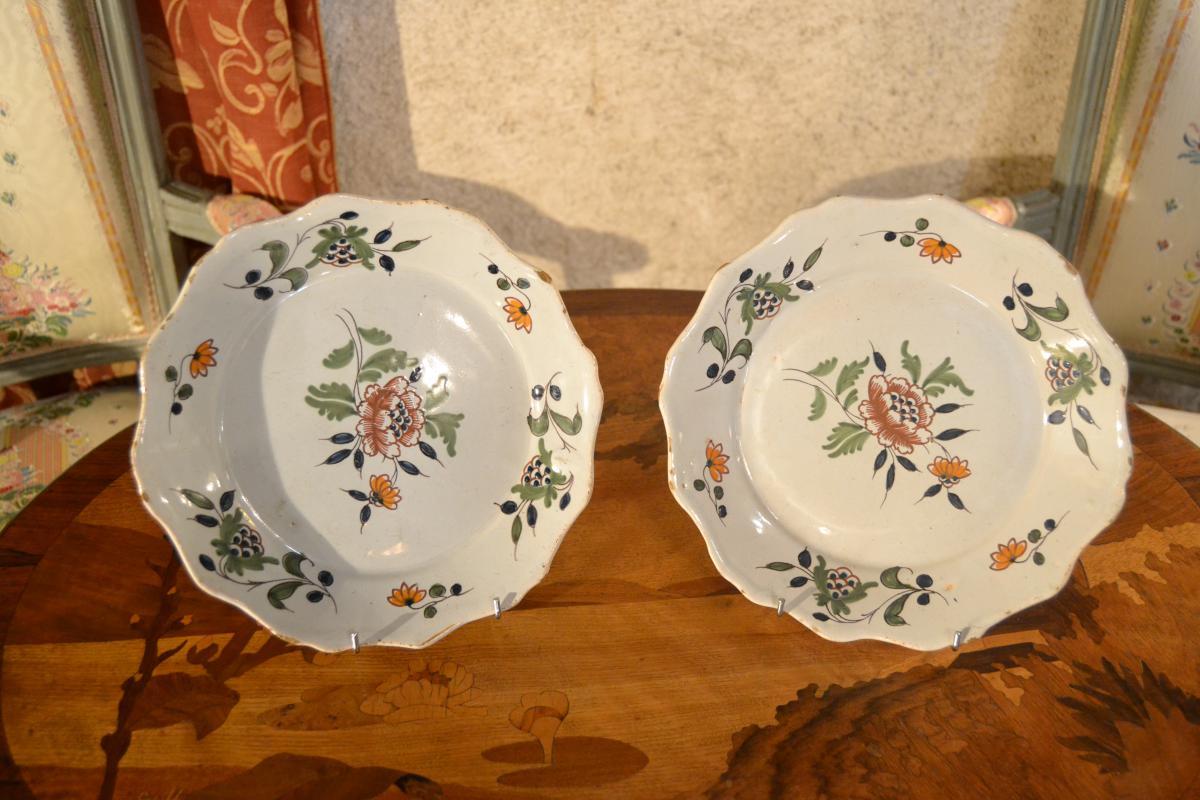 Plate Pair Of Nevers, XVIII