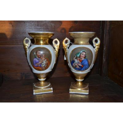 Paire De Vase En Porcelaine De Paris , XIX Eme