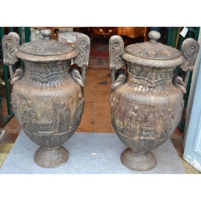 """Paire De Vases """"cratère à Volutes"""", En Plomb, époque XVIII / XIXe"""