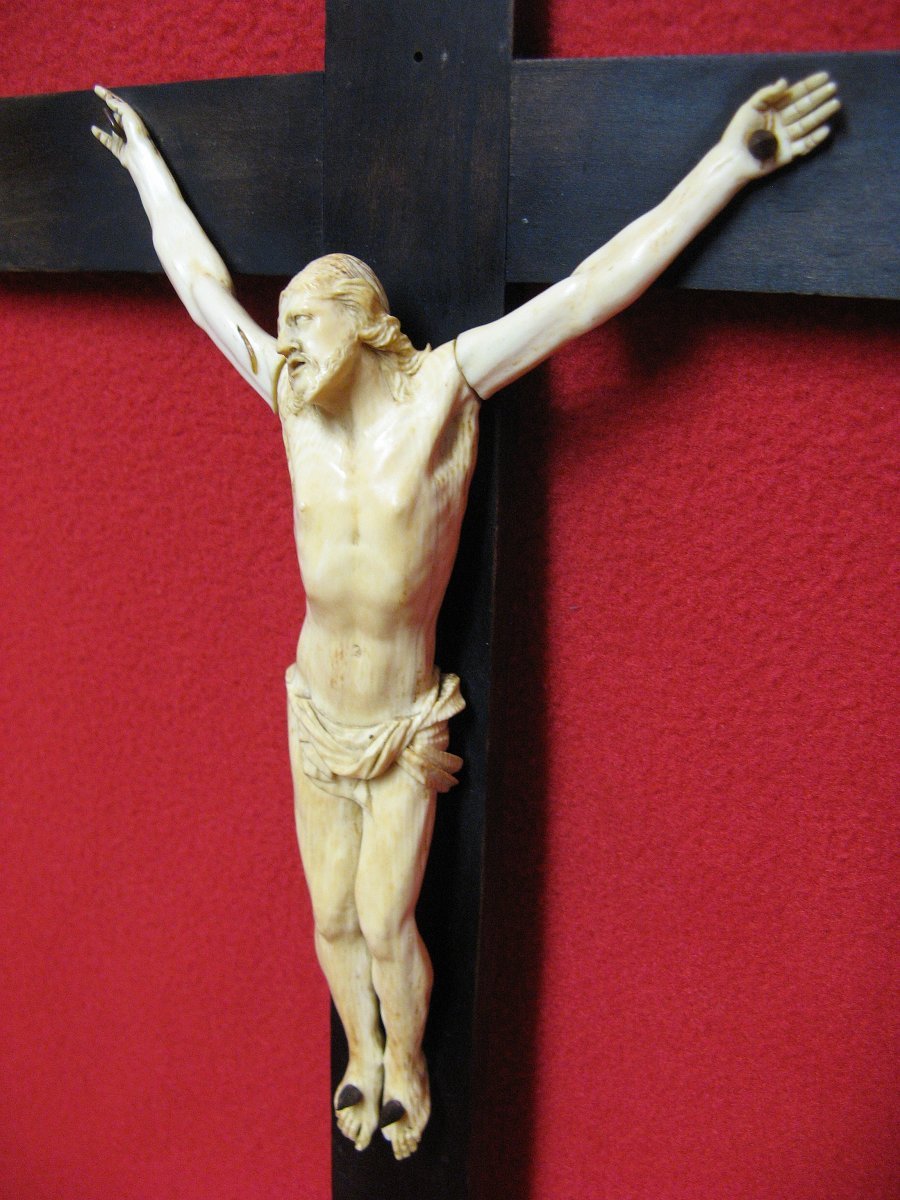 Christ Wall Sconce In Wood And Ivory Eighteenth.