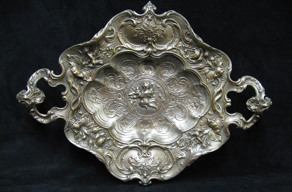 Surtout, Plat De Présentation De Style Rocaille En Bronze Argenté Fin XIXe.