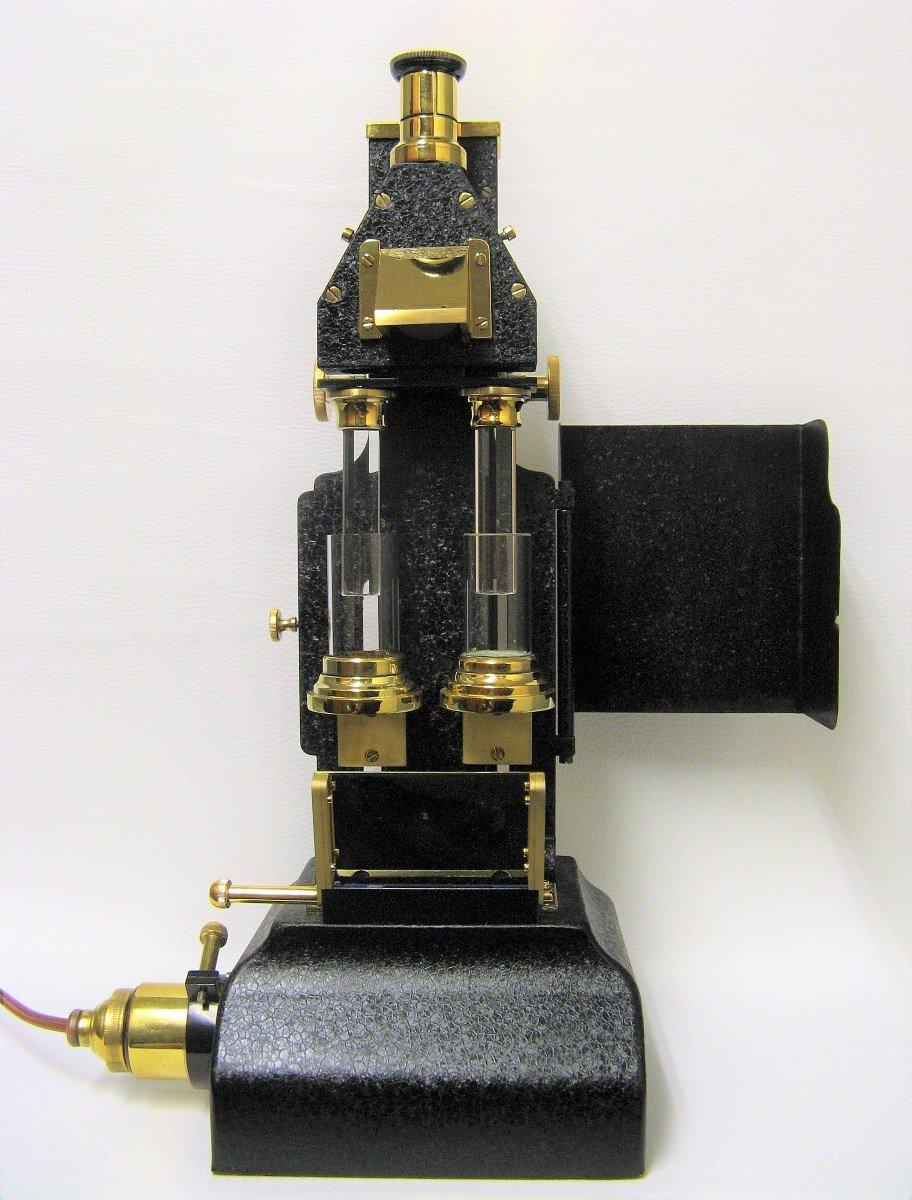 Colorimètre. Instrument Scientifique.-photo-1