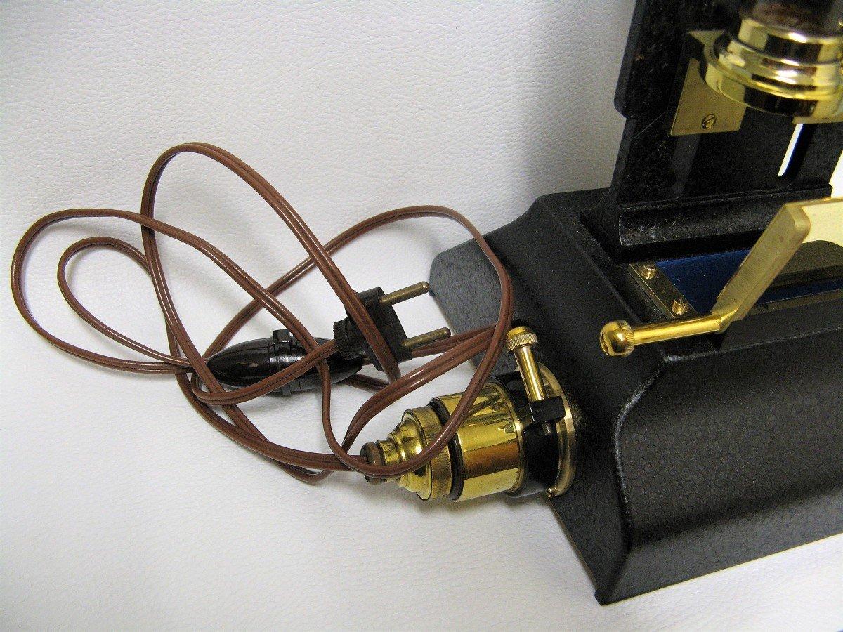 Colorimètre. Instrument Scientifique.-photo-3