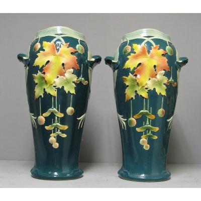 Paire De Grands Vase Art Nouveau En Barbotine. Jugenstil.