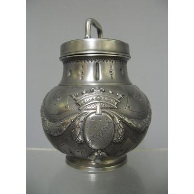 Pewter Medical Bouillon Pot Coat Of Arms And Crown Of Duke Nineteenth.