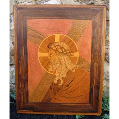 Tableau. Marqueterie d'Art Début XXe. Christ Portant Sa Croix. Art Déco vers 1920.