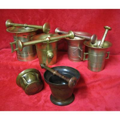 Series Of Bronze Mortars From Pharmacist Or Apothecary From 17th And 18th.