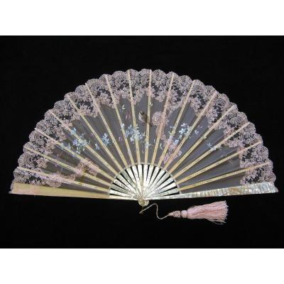 Large Nineteenth Fan In Mother Of Pearl, Ivory, Lace And Hand Painted Silk.