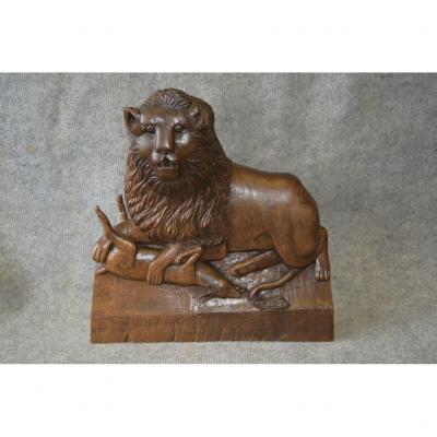 Bas Relief En Bois Sculpté Monoxyle, Scène Animalière, Scène De Chasse Africaine, Art Populaire