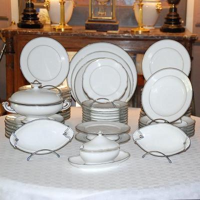 Service de table en porcelaine - 56 pièces