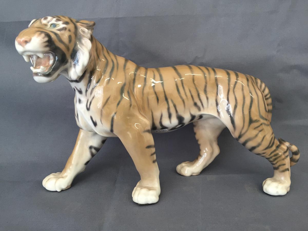 Tigre En Porecelaine De Copenhague Tiger Royal Copenhagen porcelaines ancie # Royal Bois Colombes