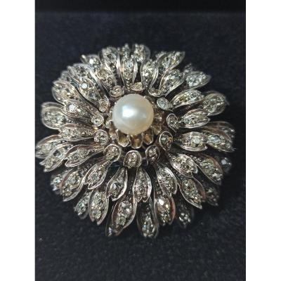 Broche De Forme Fleur En Or  Diamants Et Perle