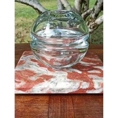 Vase De Forme Boule En Cristal Pressé Circa 1960