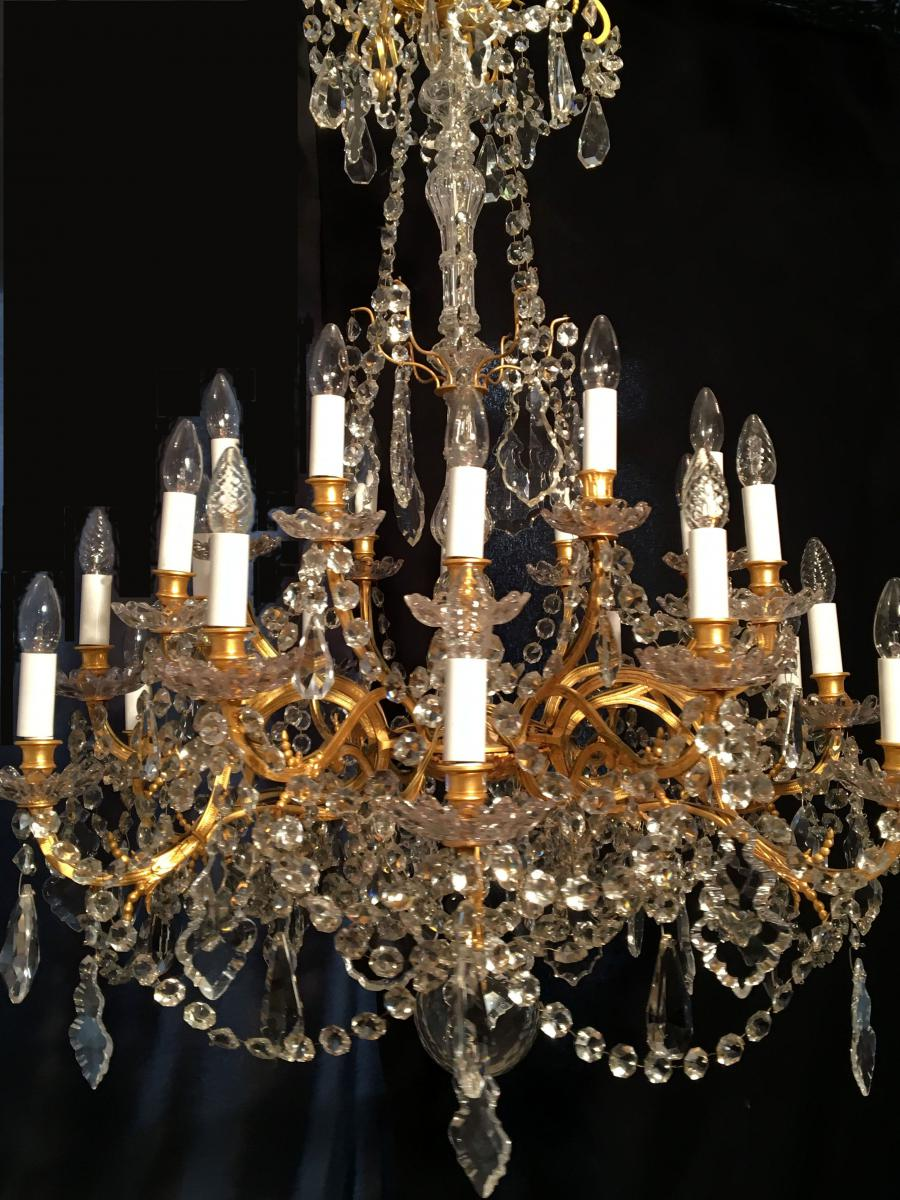 lustre 24 lumi res bronze et cristal xixe lustres. Black Bedroom Furniture Sets. Home Design Ideas