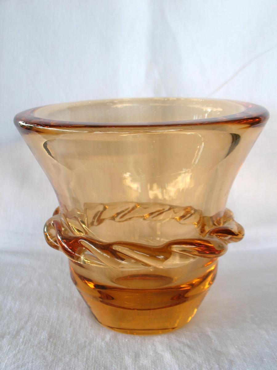 vase en cristal de daum sign couleur saumon art d co ann es 40 vases et objets en verre. Black Bedroom Furniture Sets. Home Design Ideas